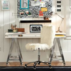 Customize It Storage A Frame Desk, Simply White with Galvi Base