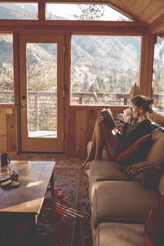 Into The Wild, Cabana, West Coast Road Trip, Autumn Cozy, Cozy Cabin, Cabins In The Woods, Lake Life, My Dream Home, Future House