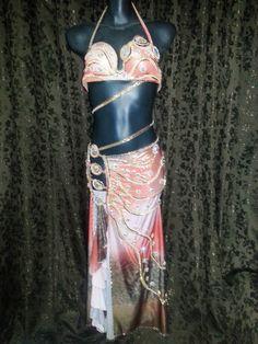 Atelier Yasmin Hassanein - Trajes para Dança do Ventre - Bellydance Costumes: Bellydance Costume / Traje para Dança do Ventre by...