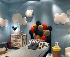 """Quarto de criança inspirado no """"Filme Up - Altas Aventuras"""" lindo né ? Foto de Decor m. @criatividadeeestilo . . . . . . . . . #filmeup… Modern Kids Bedroom, Childrens Bedroom Decor, Kids Bedroom Designs, Baby Room Design, Boys Bedroom Decor, Living Room Designs, Toddler Room Decor, Baby Room Decor, Disney Kids Rooms"""