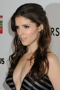 Anna Kendrick Daisy Dukes and Striped Bikini Top for a unknown movie in Hawaii Anna Kendrick, Beautiful Celebrities, Beautiful Actresses, Beautiful Women, Beautiful People, Female Celebrities, Actrices Hollywood, Female Actresses, Kate Beckinsale