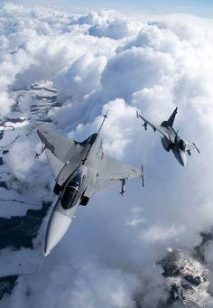 """eyestothe-skies: """"JAS-39 Gripen """""""