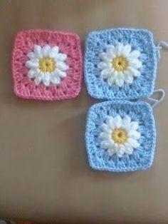 Crochet and Me かぎ針編みの編み図と編み方: ふっくらデイジーのグラニースクエアの編み方