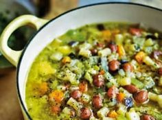 A collection of fantastic soup recipes, including Italian classics such as minestrone, vibrant seafood chowder and a colourful tomato gazpacho recipe. Italian Soup Recipes, Vegetarian Recipes, Healthy Recipes, Healthy Soups, Veggie Recipes, Sauce Recipes, Pasta Recipes, Cooking Recipes, Slow Cooking