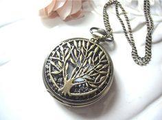 Tree Pocket Necklace