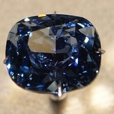 The blue moon diamond❗❗❗a 12ct most perfect blue diamond. The color and brilliance of this diamond combined is unsurpassed no wonder it belongs in a museum, so everyone can admire it.
