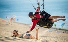 Ein geübter Paraglider #derneuemann #humor #lustig #spaß