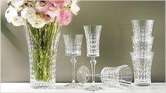 Delicadeza, brilho duradouro e concepções elegantes são os pontos de destaque da nossa coleção.