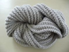 Echarpe tricot fausses cotes anglaises