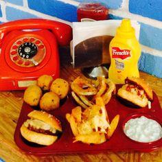 Mix supremo...mata el antojo y prueba de todo, hula gula, chicken pops, gajos gula y beef mini burgers. #Elpecadoquevasaquererrepetir #Snacks #Gulasaladsymunchies