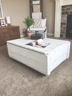 look at this cool coffee table/trunk repurposed from a shipping