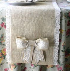 Lovely burlap table runner. Love the bow on it! Definitely will be making this!