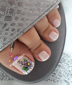 Pies💅🏼💕💅🏼 Cute Toe Nails, Cute Toes, Toe Nail Art, Pedicure Designs, Nail Art Designs, Feet Nails, Nail Arts, Manicure And Pedicure, Lily