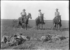 Las Norias Bandit Raid: Texas Rangers with dead bandits, October 8, 1915.