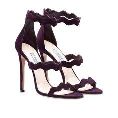 Résultats de recherche d'images pour «prada shoes scalloped»
