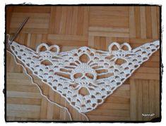 Silmukoita: Pääkallohuivin ohje Diy Projects To Try, Crochet Projects, Yarn Crafts, Diy Crafts, Crochet Bikini, Knit Crochet, Tatting, Crochet Patterns, Great Gifts