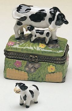 109 Best Cow Decorations Images On Pinterest Cow Cow Decor And