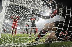 Melgarejo em Leverkusen . Benfica