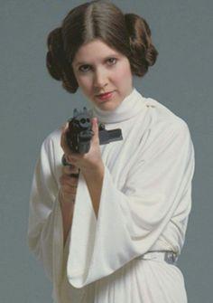 Princess Leia, Star Wars 1977 @retrostarwarsstrikesback
