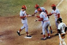 1976 WORLD SERIES | JOHNNY-BENCH-CINCINNATI-REDS-1976-WORLD-SERIES-MLB-POSTER-picture-pic ...