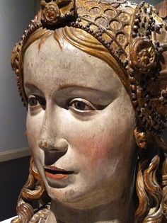 Female Reliquary Bust - made in Flanders Brabant ca. 1510. Polychromed and gilded wood