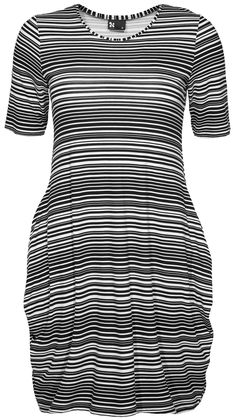 I could not resist this Nanso dress with funny pockets. The dress was designed by a Finnish fashion designer Katri Niskanen. The Chic, Modern Classic, Short Sleeve Dresses, Bodycon Dress, Vogue, Stripes, Pockets, Black And White, My Style