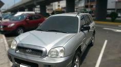 Unidad nacional, motor 2700 cc., 6 cilindros. http://carrosok.com/tienda/es/carros-usados/104-hyundai-santa-fe-2004.html