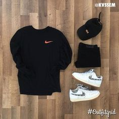 the kicks and the sweatshirt are very nice in this fit Swag Outfits Men, Stylish Mens Outfits, Tomboy Outfits, Tomboy Fashion, Dope Outfits, Casual Outfits, Mens Fashion, Fashion Outfits, Fashion Hacks