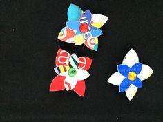 Flower power pins (set 1) by ericacatlett on Etsy