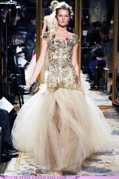 Marchesa Fall 2012 - New York Fashion Week Couture Mode, Style Couture, Couture Fashion, Runway Fashion, Marchesa Fashion, Street Fashion, Georgina Chapman, Fashion Week, Love Fashion