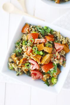 Vegan Brown Rice Black Lentil Salad. A healthy brown rice recipe that is full of fiber and vegetables! Pin this clean eating recipe to make later this week.