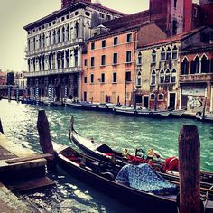#italy #venice #venezia #city #water #sea #gondola #carnival #atmosphere #love #webstagram #insta #instapic #instaeffectfx #instagood #photo #iphone #iphoneonly #iphonesia #photooftheday #people #gallery #riccardoch  #instagramitalia  #bestoftheday #beaut