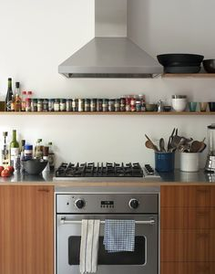 Brooklyn Townhouse Stainless Countertop, Remodelista