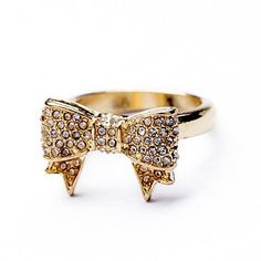 Sweet Diamante Bowknot Ring