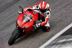 Google Image Result for http://www.ducaticorsefriends.com/wp-content/uploads/2011/03/ducati848.jpg