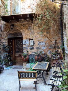 Chios ~ so quaint!