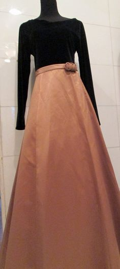 Vintage Gold and Black Evening Dress / Holiday by MISSVINTAGE5000