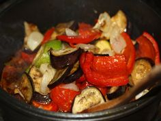 Legume la cuptor - Legumele coapte le punem in tigaia cu sos Kung Pao Chicken, Vegetable Recipes, Vegetables, Ethnic Recipes, Food, Essen, Meals, Yemek, Veggies