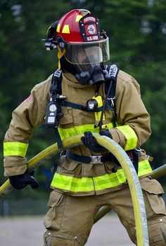 Free Image on Pixabay - Firefighter, Fire, Portrait Free Pictures, Free Images, Firefighter Photography, Strength And Conditioning Programs, Firefighter Workout, Firefighter Pictures, Wildland Firefighter, Chicago Shows, Used Tires