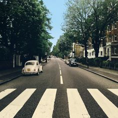 The Beetle's Abbey Road – Reparked Edition Music Cover Photos, Music Album Covers, Cover Pics, Music Aesthetic, Retro Aesthetic, Musica Spotify, Pop Rock, Vinyl Cover, Spotify Playlist