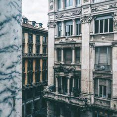 M I L A N    Window view