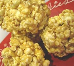 Marshmallow popcorn balls- easy and YUMMY and soft and I'm sure guilt and fat and calorie free. Fall Recipes, Holiday Recipes, Yummy Recipes, Sweet Popcorn, Sugar Popcorn, Carmel Popcorn, Marshmallow Popcorn, Popcorn Balls, Yummy Food