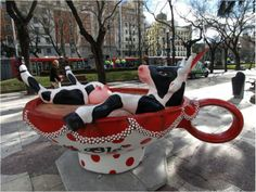 koeien kunst lachen Cow Parade, Cult, Funky Art, Cool Art, Awesome Art, Baby Strollers, Pony, Illustration, Elephant