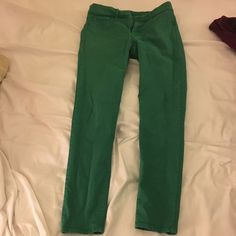 Gap Green Legging Jean Great for St.Patricks day!!! Still in great condition! Can be rolled up to capris or hits at your ankles! GAP Jeans Skinny