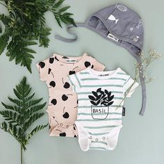 Organic baby onesies and baby bonnets - Fin & Vince. Hipster baby, baby boy clothes, unisex baby clothing, baby girl fashion.