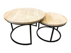 Salontafel set bestaande uit 2 ronde tafeltjes van 3 cm massief onbehandeld eiken met zwart metalen onderstel. Het eiken hout is onbehandeld (= geen beschermlaag). U kunt de tafeltjes eventueel zelf nog behandelen en op kleur brengen. U kunt eventueel ook kiezen voor de gelakte eiken set (met beschermlaag). Afmetingen Eiken ronde salontafel set van 2 'onbehandeld': De tafels kunnen onder elkaar geschoven worden. Afmetingen: - Tafel 1: Diameter: 75 cm; hoogte: 48 cm; - Tafel 2: Diameter: 60 c Chesterfield Bank, Ikea, Industrial, Living Room, Table, Furniture, Home Decor, Mood, Mesas