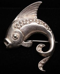 Vintage-Art-Deco-Sterling-Silver-DETAILED-Chinese-Export-Koi-Fish-Brooch-Pin-925