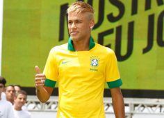 ahh neymar, brazil looks better on you