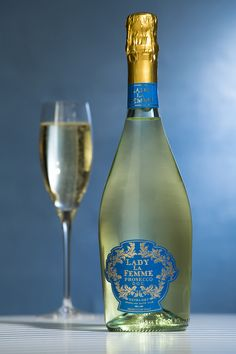 New Bubbly! Meet Lady LaFemme Prosecco, #winesister