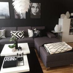 Jeg har funnet mange nye følgere-og fått mange nye! Så artig!  Welcome to all new followers!  #skandinaviskehjem #bobedrenorge #skönahem #kkliving #boligplussminstil #livingroom #interior123 #interior2you #interiorwarrior #inspiration #scandinavianhomes #interiørmagasinet #thegrid #viamartine #bohus #housedoctor #ikea #desenio #kubus4 #bylassen #uashmama #kähler